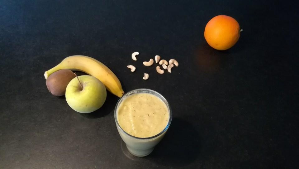 Smoothie banane, pomme et kiwi (1)