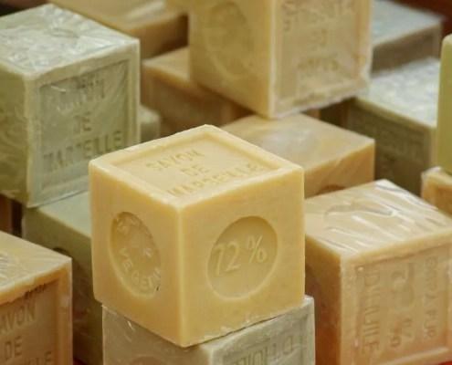 Produit vaisselle maison au savon de Marseille