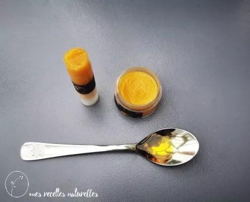recette de baume à lèvres au miel et à l'huile de germe de blé