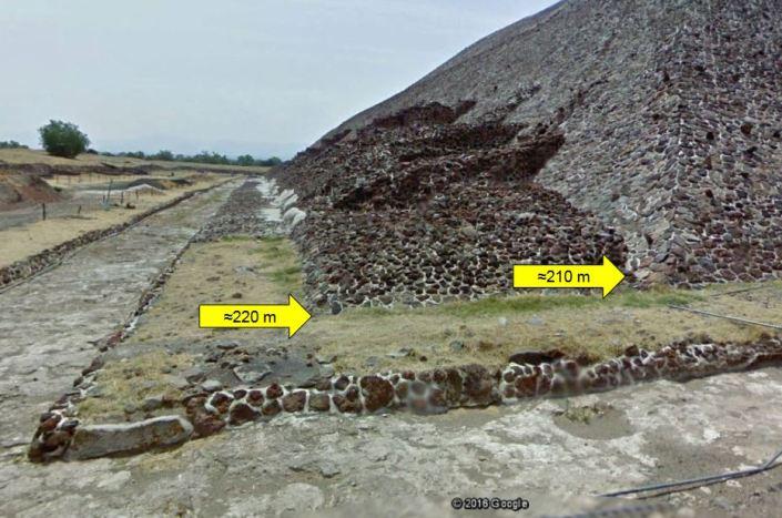 socle pyramide téotihucan