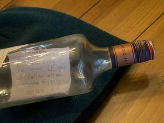 stuart-from-englands-message-in-a-bottle
