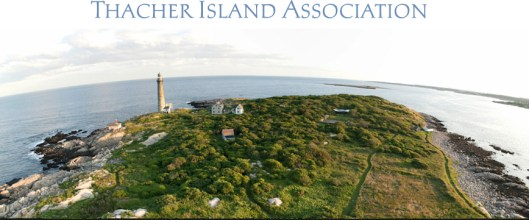 Thacher Island Association photo with lighthouse 1