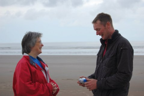 1985 message in a bottle - Mary Stevens and Donald Wylie meet on beach.