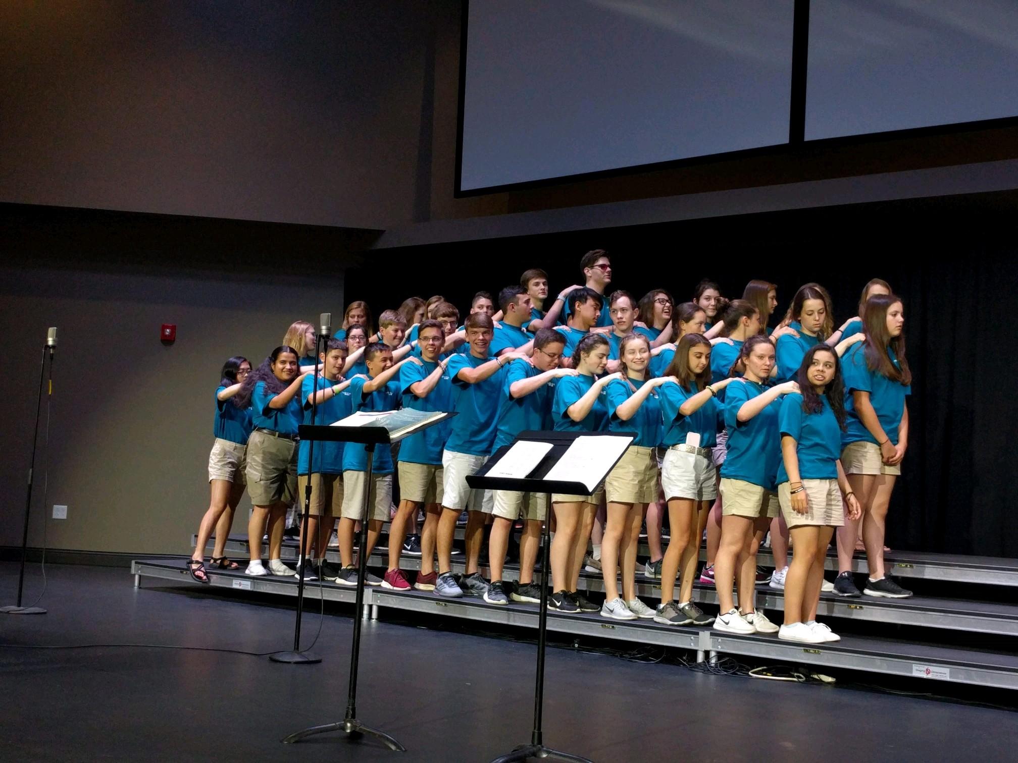 Warm Up Messengers Student Choir