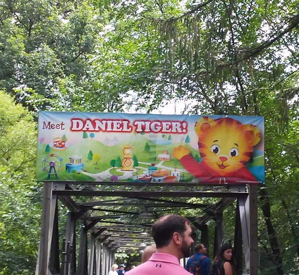Idlewild Park sign leading to Daniel Tiger