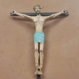 Jesus-cross-figurine