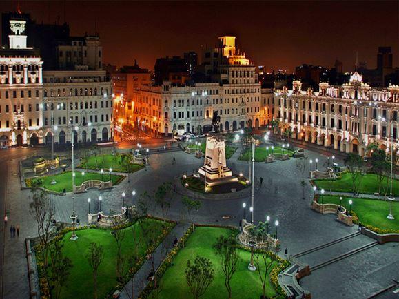 plaza san martin- Lima