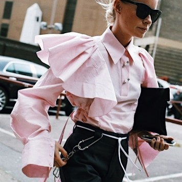 Pink-trend-street-style-2017-fashion-trends-spring-summer (12)