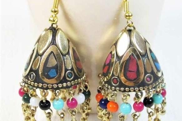 boucles d'oreilles fantaisie colorées