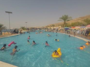 piscine-mer-morte-1