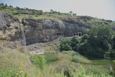 grottes-ellora-exterieur