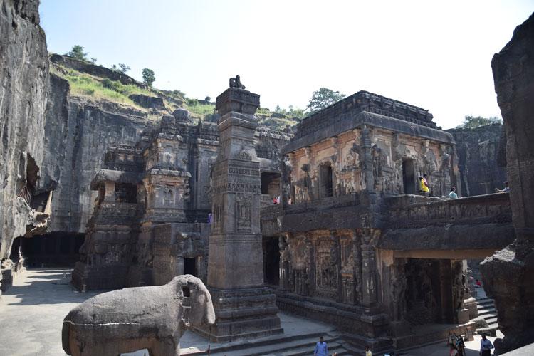 grottes-ellora-kailasanatha