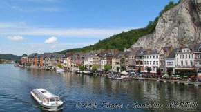 Dinant - La Meuse, vue sur la ville