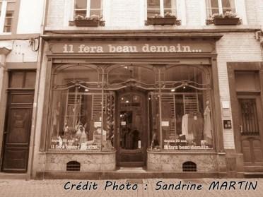 Namur - Au hasard des rues, les enseignes
