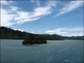Sur le Ferry, vue sur l'île du sud