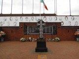 Belfast - 'Painting murals', le mur de la paix