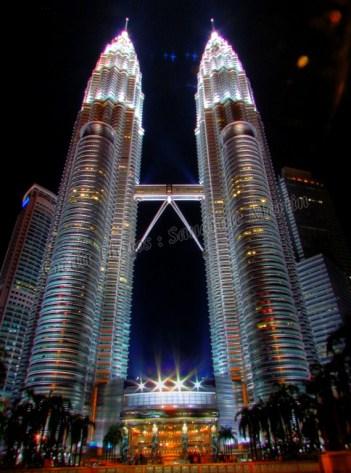 Kuala Lumpur - Centre ville - Les tours pétronas de nuit