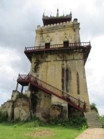 Environs de Mandalay - Inwa - Watch Tower 'Nanmyin'