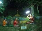 Environs de Pyin Oo Lwin - Grotte 'Peik Chin Myaung', scène du bouddha