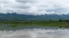 Lac Inle - Sur le chemin, les bords de la rivière