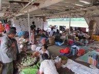 Voyage en bateau sur la Rivière Irrawaddy de Kata à Bhamo, sur le bateau