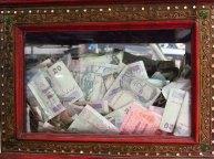 Chiang Mai - Temple 'Wat Chedi Luang', boite de donation