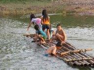 Luang Nam Tha - Rivière 'Nam Tha', enfants qui jouent