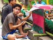 Luang Prabang - Festival des lumières 'Lai Heua Fai', préparation des bateaux