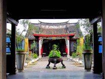 Hoï An - Vieux quartier, au hasard des rues, temple
