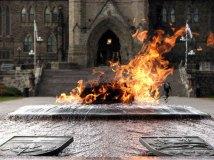 Ottawa - Le parlement, la flamme éternelle
