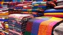 Chiapas - San Cristobal de las Casas - Marché artisanal, sarape
