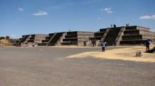 Mexico - Téotihuacan, place de la lune