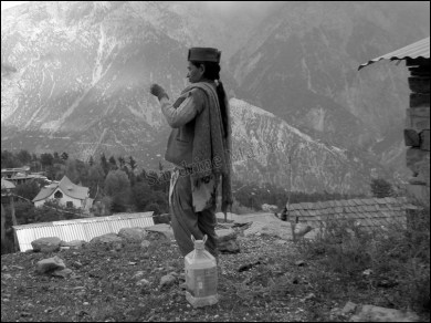 Himalaya - Vallée de Kinnaur - Kalpa - Au hasard des rues, les locaux