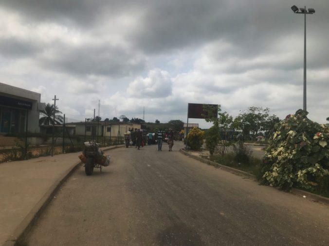 アンゴラ側の国境