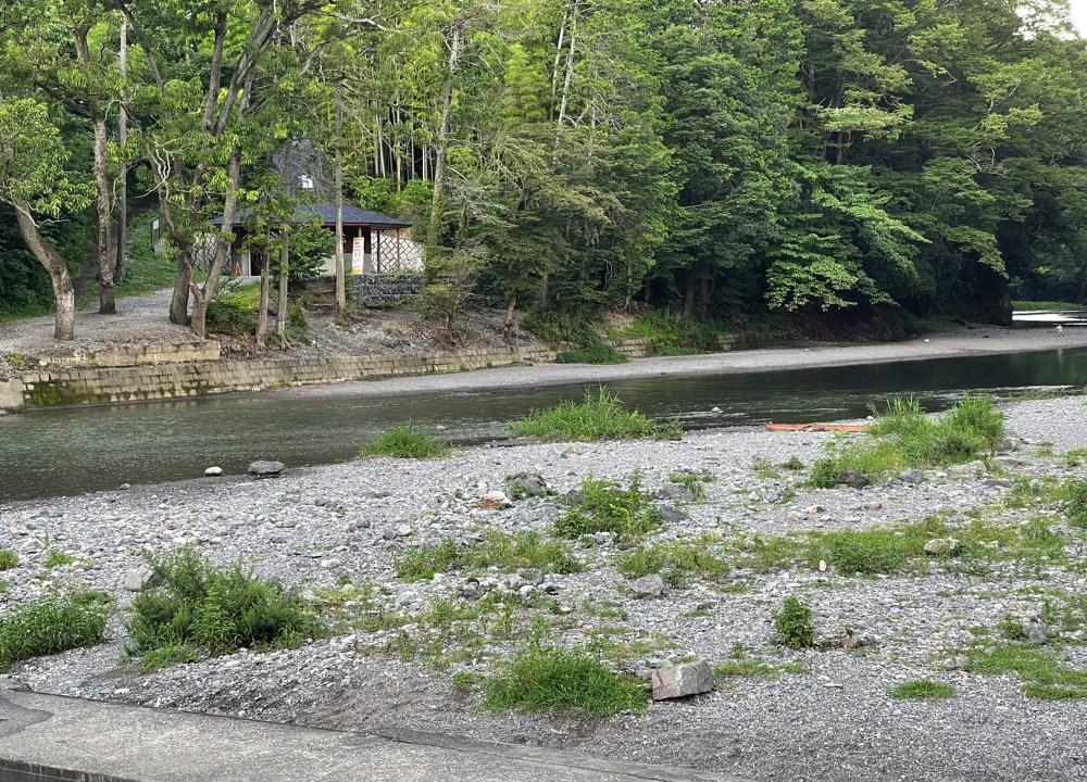 飯能河原のテント泊禁止エリア