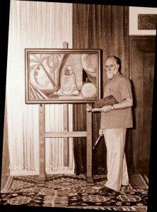 Святослав Николаевич Рерих в своей мастерской. Бангалор, 1960-е