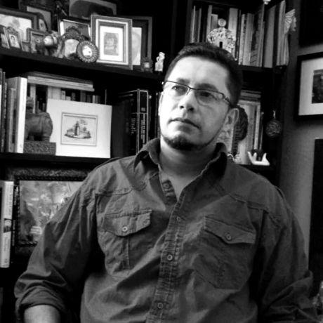 carlos-escamilla-escritor