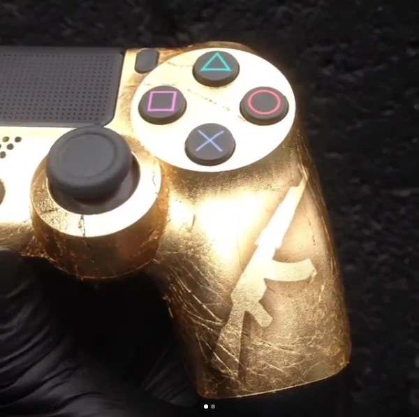gold_dualshock_ouro_03