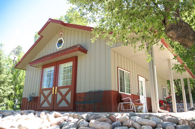 24 X 30 Metal Building Home For A Couple Or Small Fam! (HQ