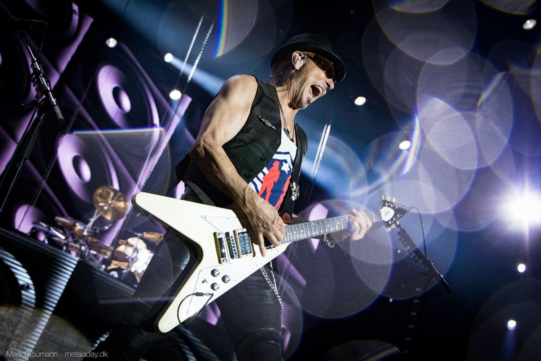 Scorpions var med på ballade