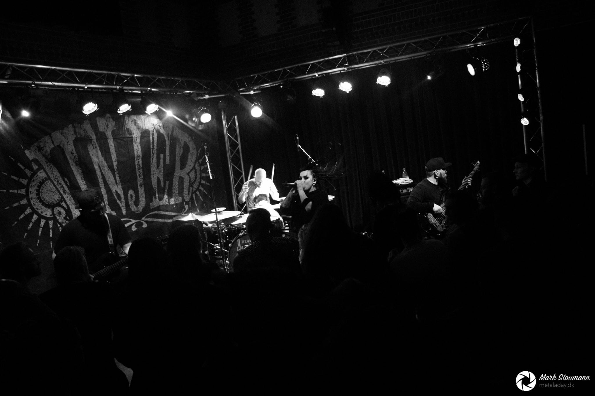Lygten blev tændt af Ukrainsk groove-metal!