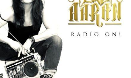 Lee Aaron – (Radio On)