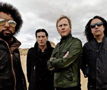 Alice In Chains levyttämässä uransa kuudetta studioalbumia