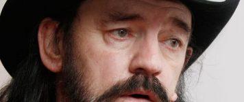 Vuosi kuolemasta: Lemmy In Memoriam
