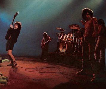 "AC/DC:n ""Let There Be Rock"" julkaistiin 40 vuotta sitten"