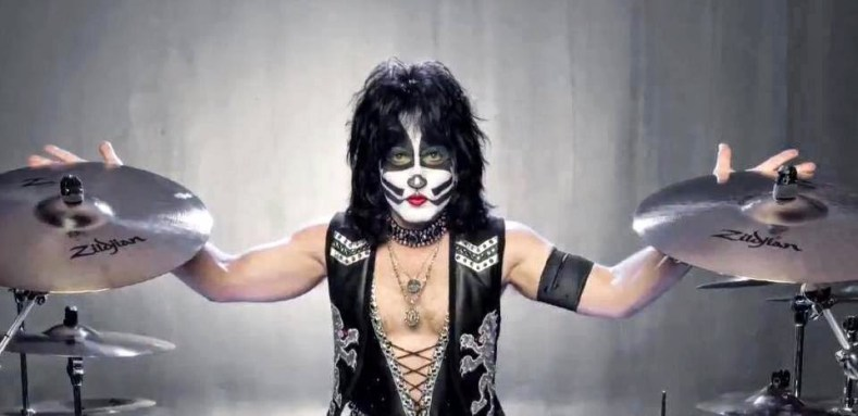 Eric Carr KISS - Eric Singer Defends KISS's Decision To Stick To The Classics During Live Shows