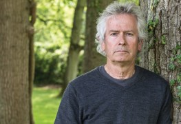 tony banks - Tony Banks Open To GENESIS Reunion After Seeing Phil Collins Show