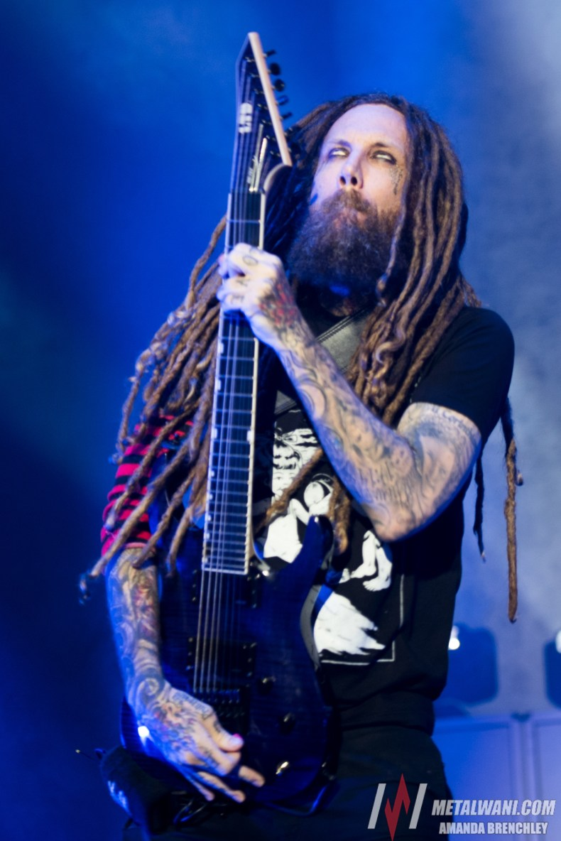 Korn 4 - Brian Welch Recalls An Incident When PANTERA Drummer Surprised The Members Of KORN
