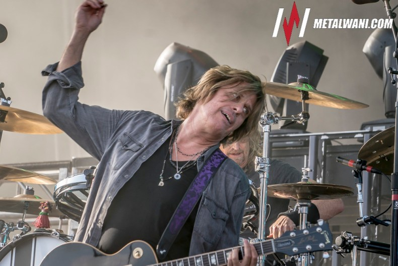 STP 16 - STONE TEMPLE PILOTS Guitarist Dean DeLeo Responds to Estranged Wife's Disturbing Claims of Alcoholism & Physical Abuse