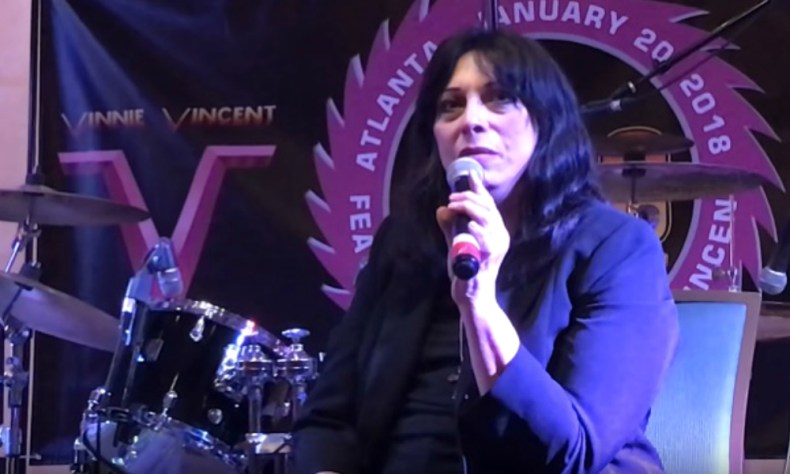 Vinnie vincent kiss - Former KISS Guitarist Vinnie Vincent Files Trademark Application For 'Vinnie Vincent's Kiss'